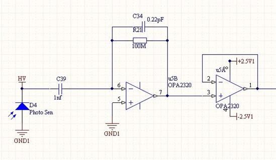 电荷灵敏放大器